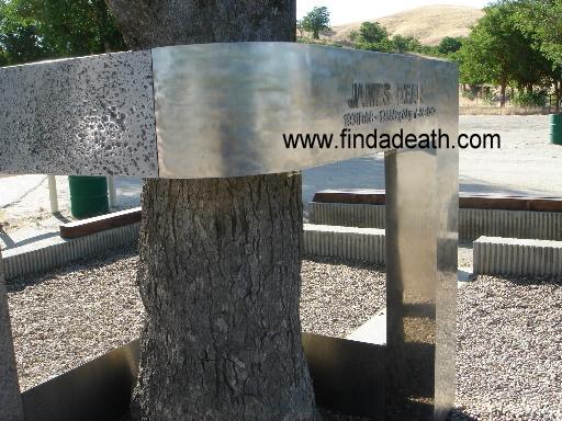 James Dean - Steel Memorial