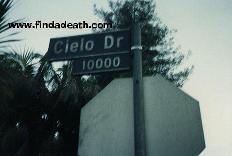 Cielo Street Sign