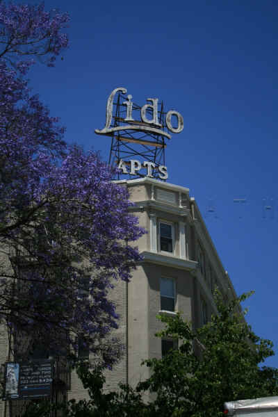 Lido Apartments Sign