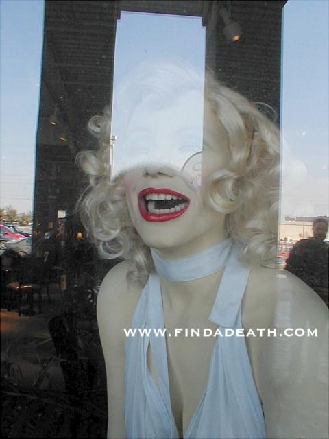 Scary Marilyn Monroe Statue